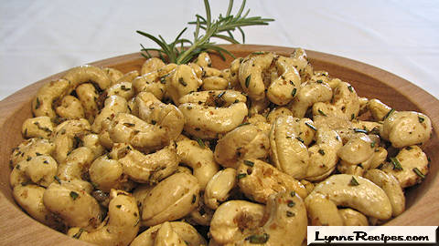 Rosemary Cashews